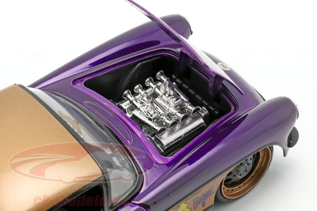 Chevy Corvette Baujahr 1957 mit Batgirl DC Comics dunkellila metallic 1:24 Jada Toys