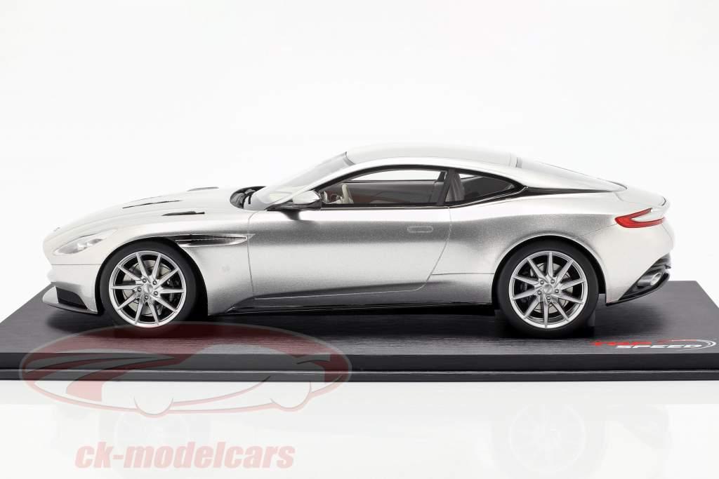 Aston Martin DB11 Coupe Opførselsår 2017 sølv 1:18 TrueScale