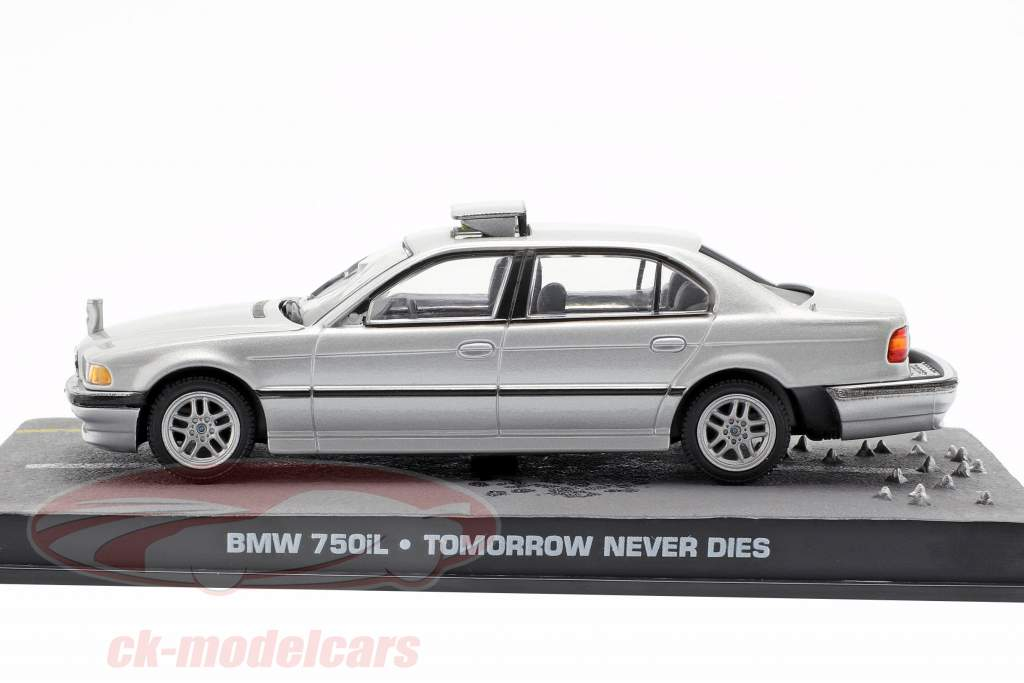 BMW 750iL James Bond Movie Car of Tomorrow Never Dies gray 1:43 Ixo
