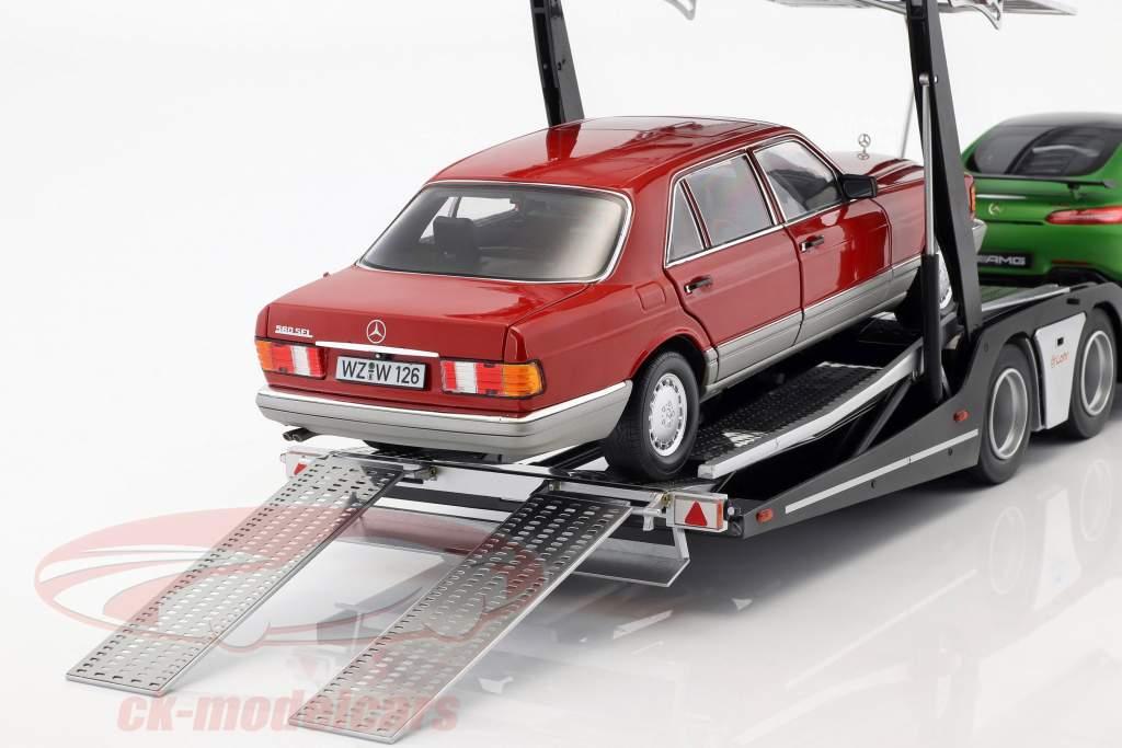 conjunto Mercedes-Benz Actros con Lohr transporte de coches verde / plata 1:18 NZG