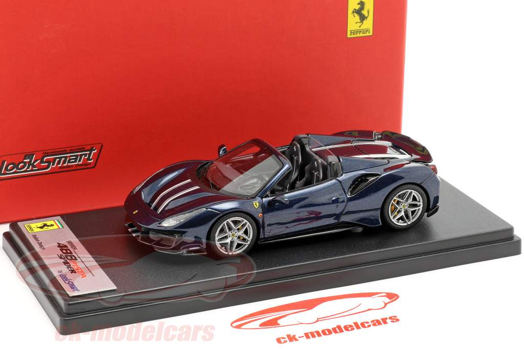 Ferrari 488 Pista Spyder mørkeblå metallisk 1:43 LookSmart