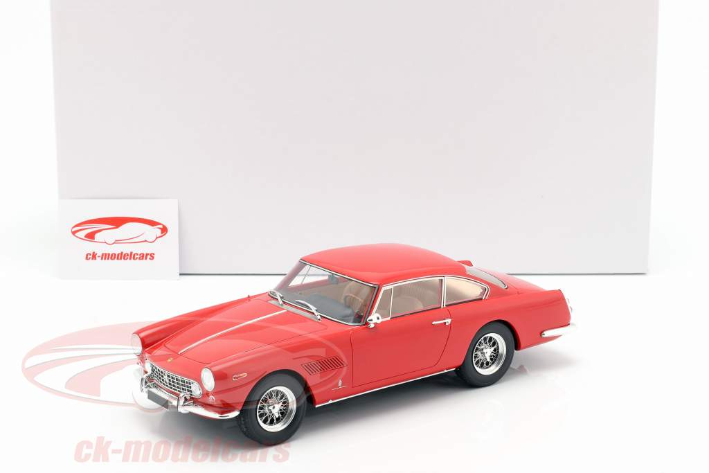 Ferrari 250 GTE 2+2 Baujahr 1960 rot 1:18 Matrix
