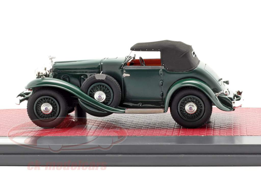 Stutz DV32 Super Bearcat gesloten Bouwjaar 1932 donkergroen 1:43 Matrix
