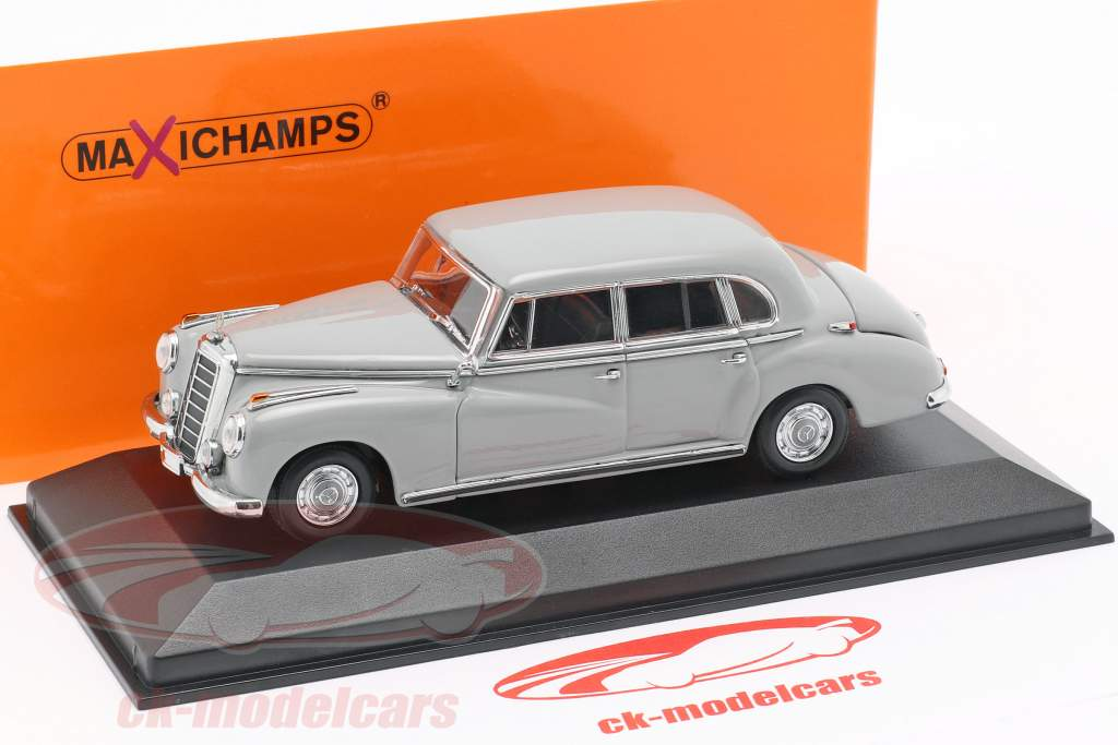 Mercedes-Benz 300 (W186) anno di costruzione 1951 grigio chiaro 1:43 Minichamps