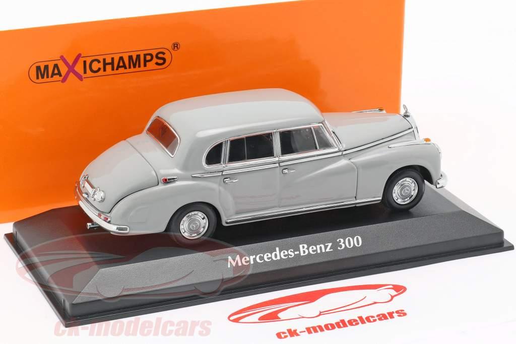 Mercedes-Benz 300 (W186) year 1951 light gray 1:43 Minichamps