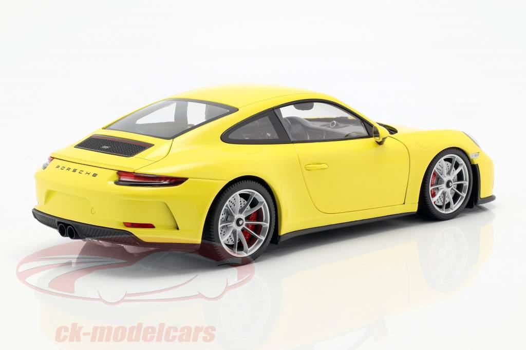 Porsche 911 (991/2) GT3 Touring Bouwjaar 2018 geel 1:18 Minichamps