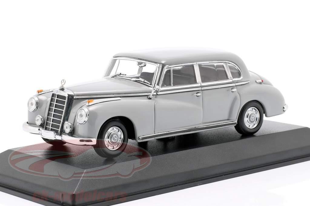 Mercedes-Benz 300 (W186) Baujahr 1951 hellgrau 1:43 Minichamps