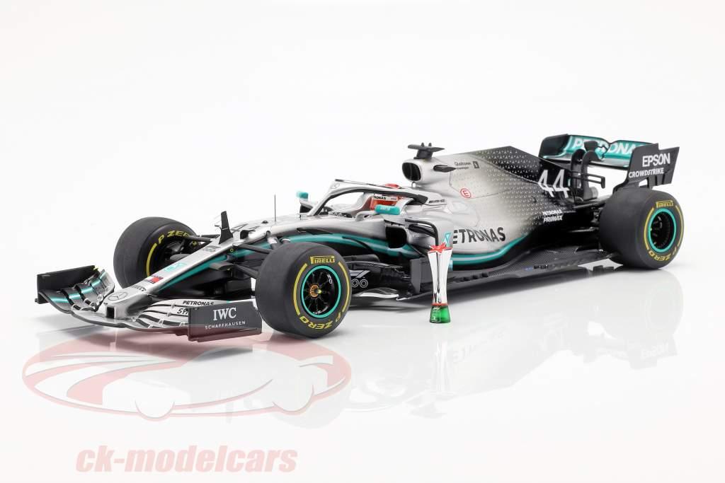 L. Hamilton Mercedes-AMG F1 W10 #44 winnaar Chinese GP formule 1 2019 1:18 Spark