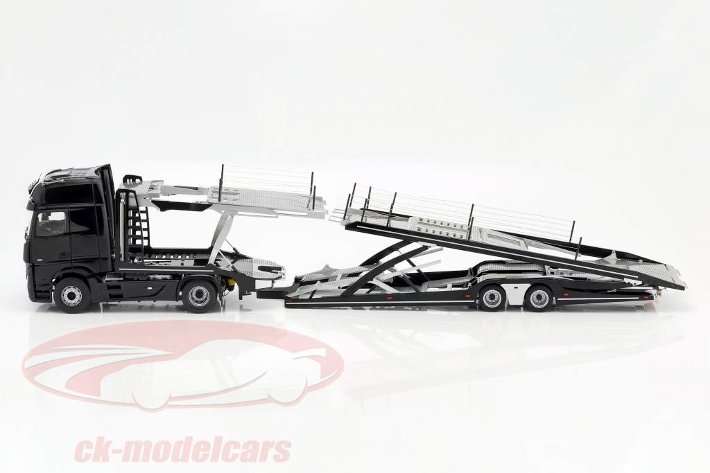 Set Mercedes-Benz Actros avec Lohr transporteur de voitures noir / argent 1:18 NZG