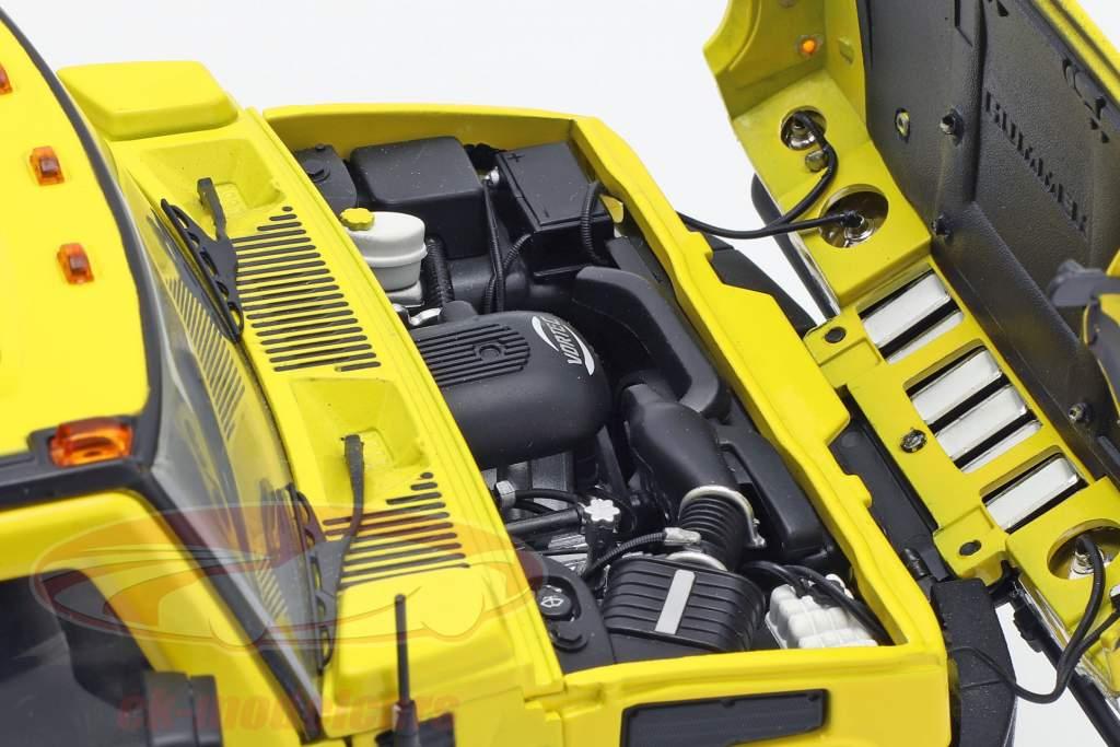 Hummer H2 Year 2003 TV series Entourage (2004-2011) yellow 1:18 Greenlight