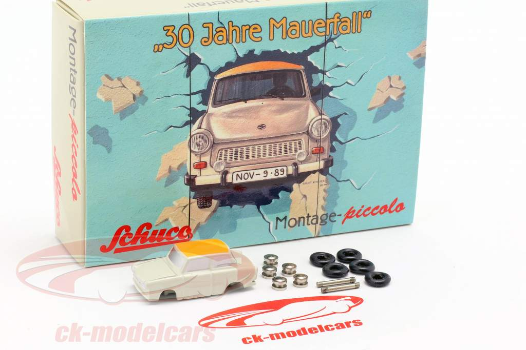 Trabant 601 caso conjunto 30 anos queda do muro 1:90 Schuco Piccolo