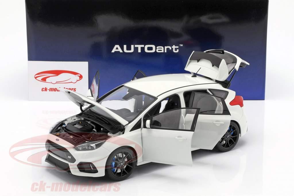 Ford Focus RS ano de construção 2016 congelado branco 1:18 AUTOart