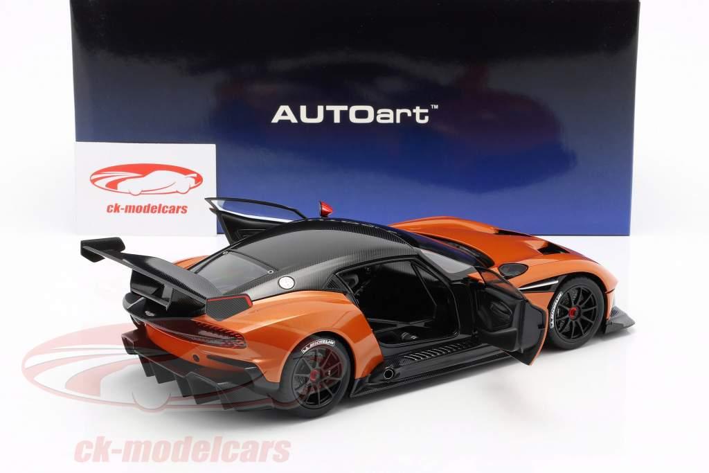 Aston Martin Vulcan Baujahr 2015 madagascar orange 1:18 AUTOart