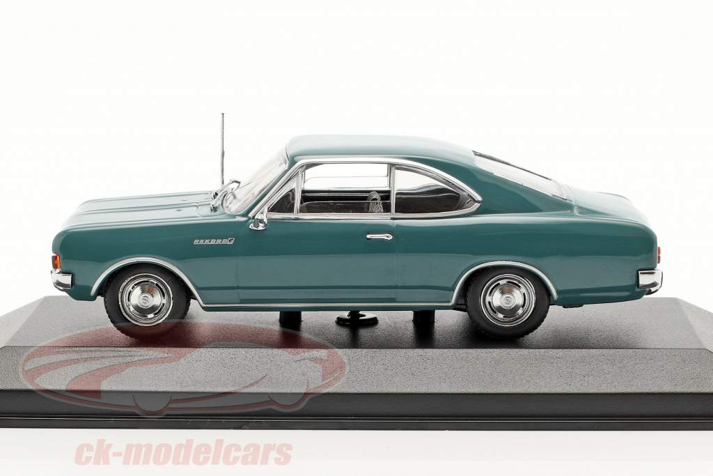 Opel Rekord C coupe Bouwjaar 1966 blauw 1:43 Minichamps