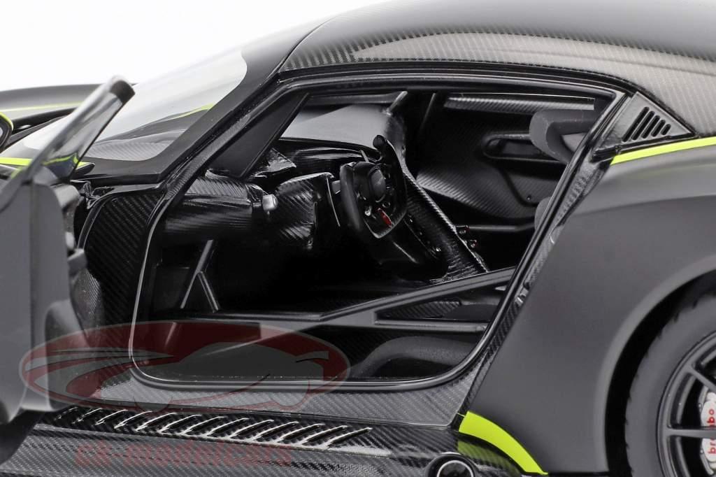 Aston Martin Vulcan Bouwjaar 2015 mat zwart / kalk groen 1:18 AUTOart