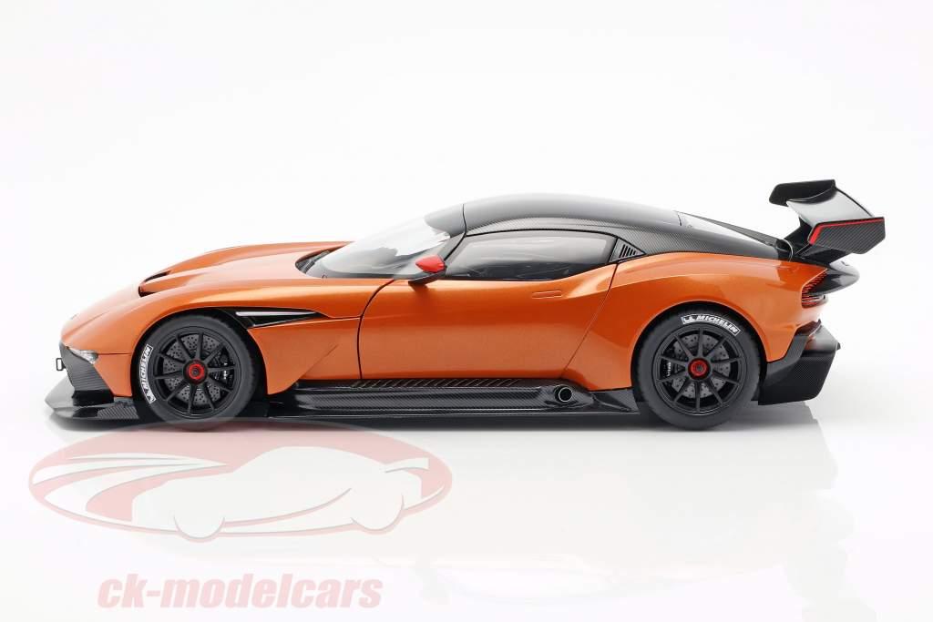 Aston Martin Vulcan année de construction 2015 Madagascar orange 1:18 AUTOart
