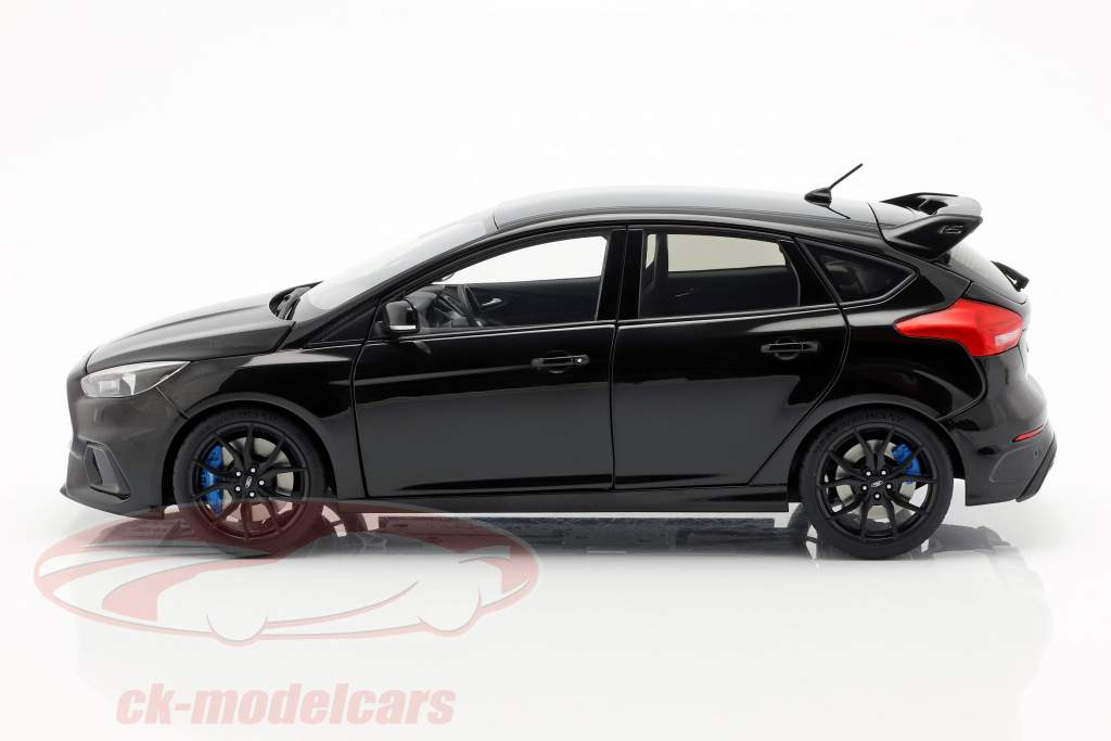 Ford Focus RS año de construcción 2016 sombra negro 1:18 AUTOart