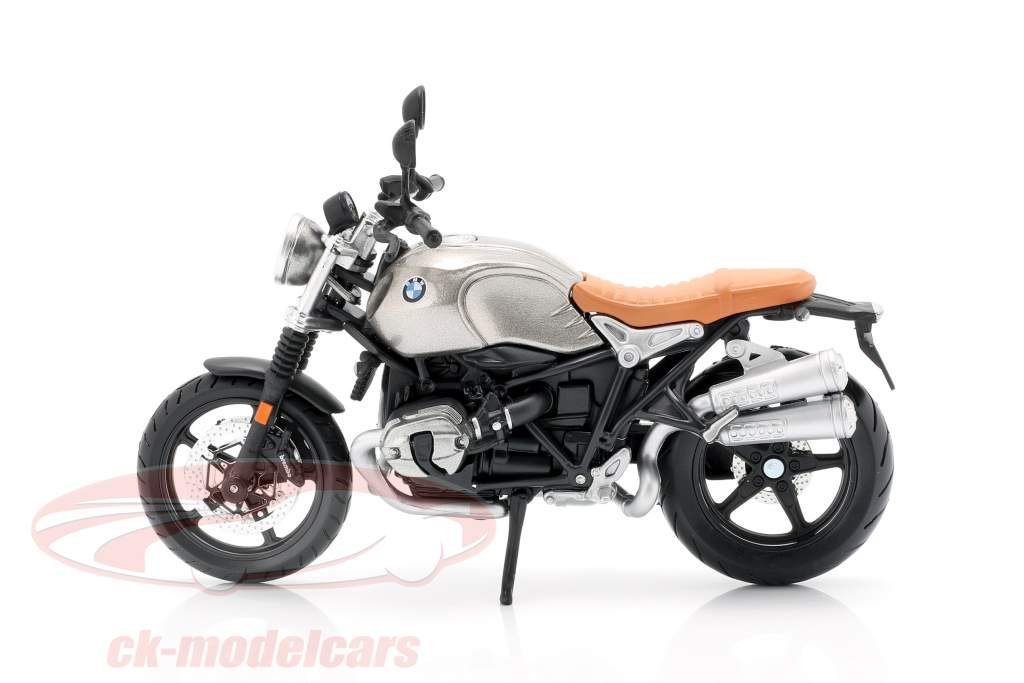 BMW R nineT Scrambler gris / plata / negro 1:12 Maisto