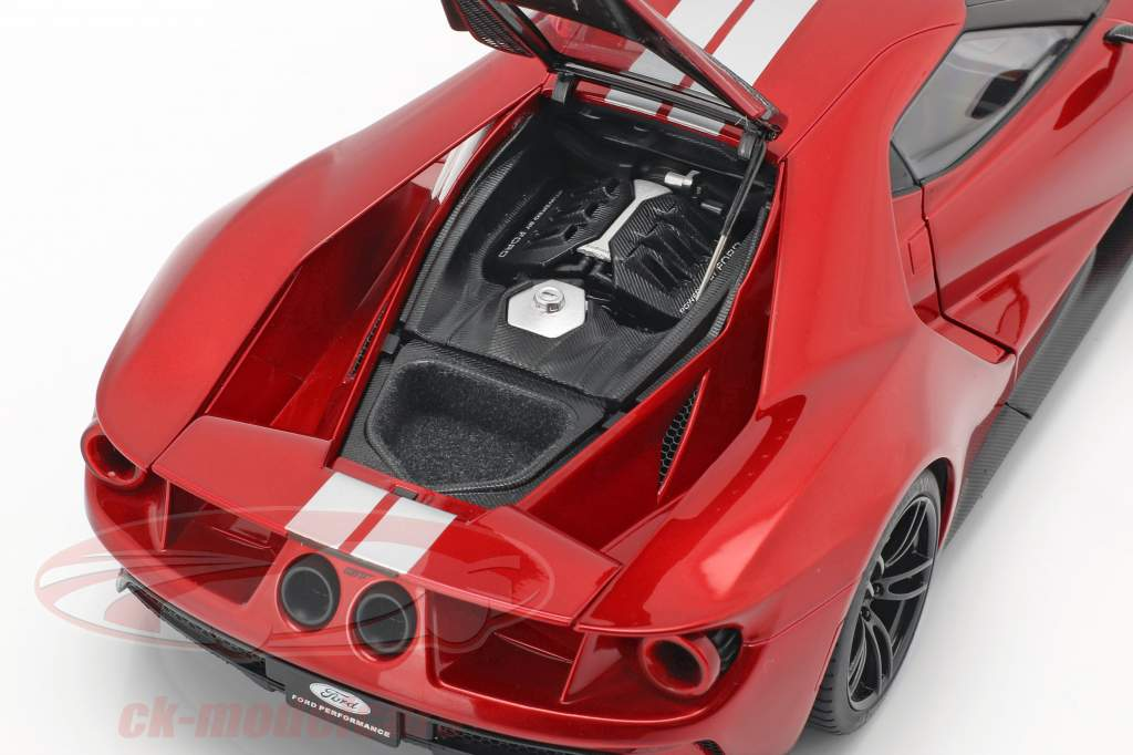 Ford GT year 2017 liquid red / silver 1:18 AUTOart