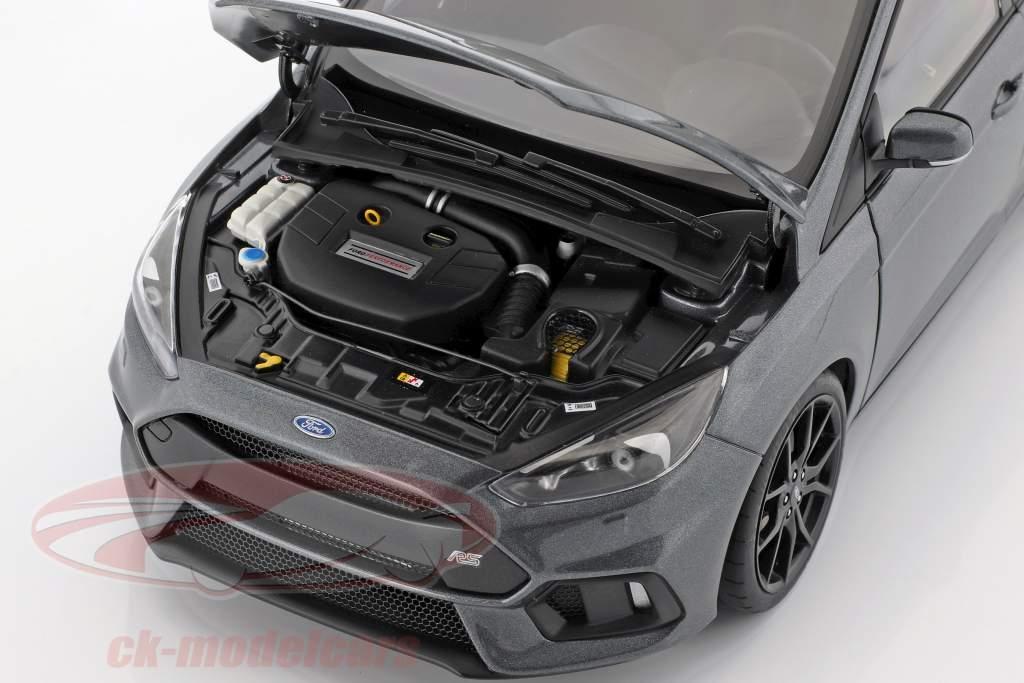 Ford Focus RS ano de construção 2016 discrição cinza 1:18 AUTOart