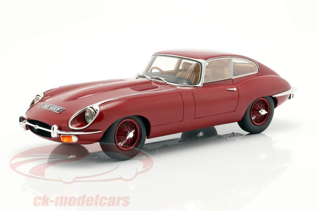 Jaguar E-Type coupe Series 2 Opførselsår 1968 rød 1:18 Cult Scale