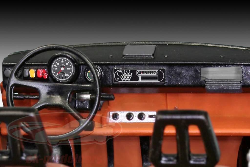 Trabant 601 30e verjaardag daling van de wand Berlijn 1989 uitrusting 1:24 Revell