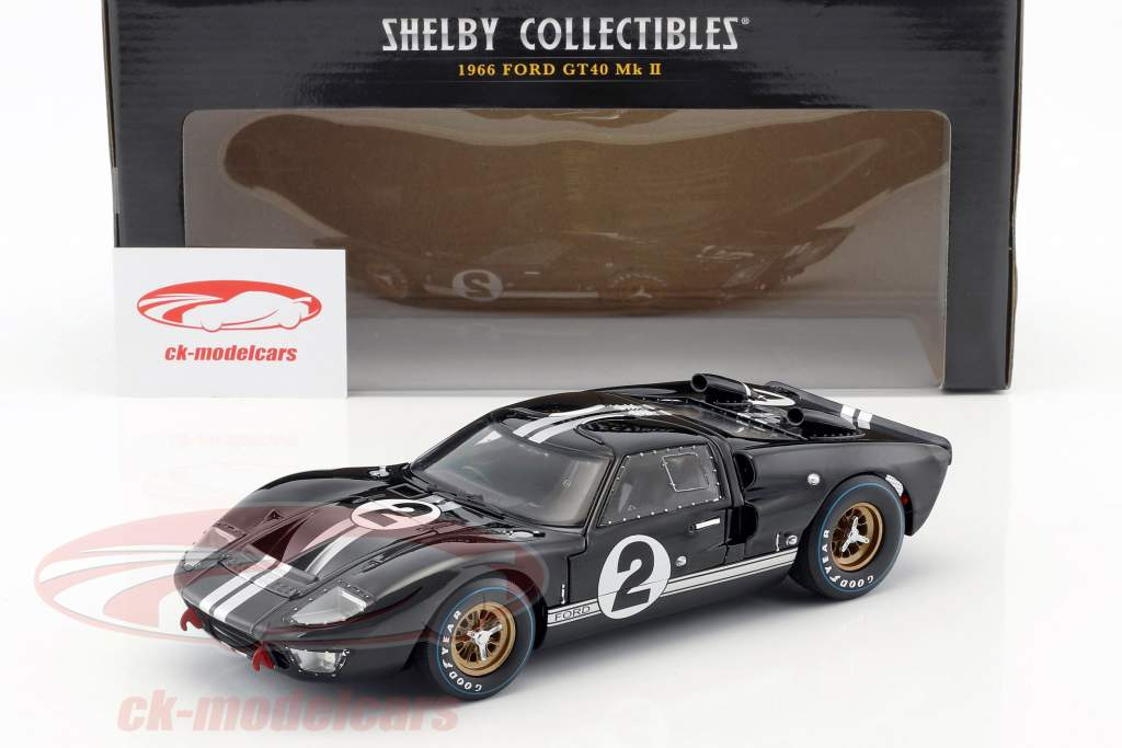 Ford GT40 MK II #2 gagnant 24h LeMans 1966 McLaren, Amon 1:18 ShelbyCollectibles