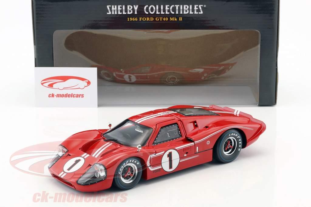 Ford GT40 MK IV #1 vencedor 24h LeMans 1967 Gurney, Foyt 1:18 ShelbyCollectibles