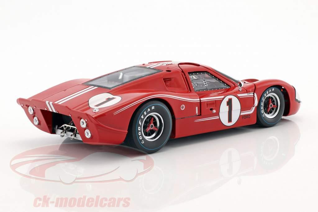 Ford GT40 MK IV #1 ganador 24h LeMans 1967 Gurney, Foyt 1:18 ShelbyCollectibles