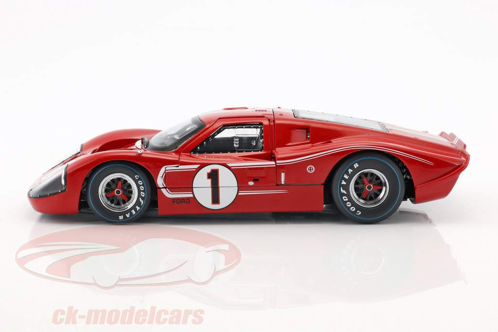 Ford GT40 MK IV #1 Winner 24h LeMans 1967 Gurney, Foyt 1:18 ShelbyCollectibles