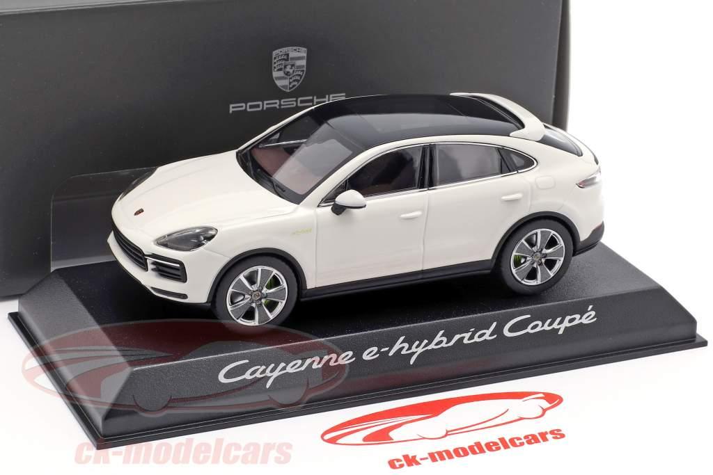Porsche Cayenne e-hybrid Coupe year 2019 white 1:43 Norev