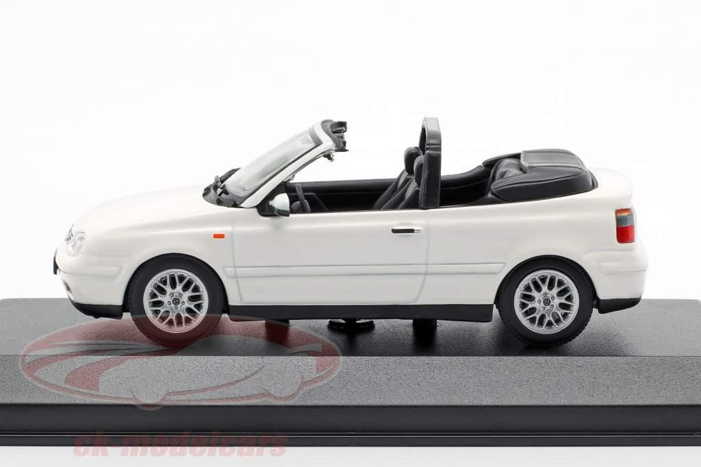 Volkswagen VW Golf IV cabriolet anno di costruzione 1998 bianco 1:43 Minichamps