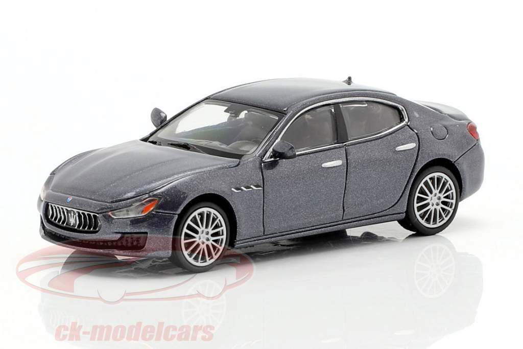 Maserati Ghibli year 2018 grey metallic 1:87 Minichamps