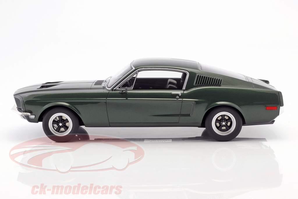 Ford Mustang GT Steve McQueen Film Bullitt (1968) dunkelgrün 1:12 GT-Spirit