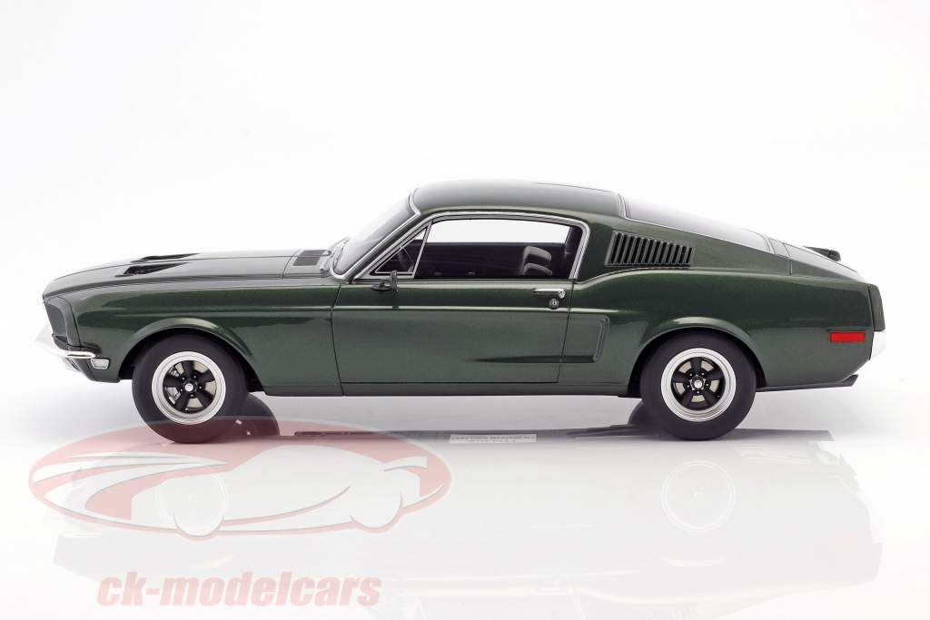 Ford Mustang GT Steve McQueen Movie Bullitt (1968) dark green 1:12 GT-Spirit