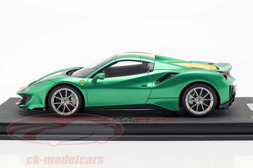 Ferrari 488 Pista Spider Closed Top año de construcción 2018 enzo verde metálico 1:18 BBR