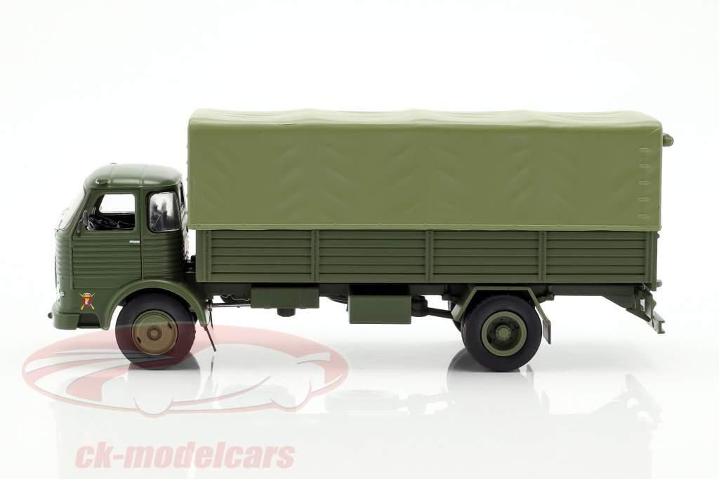 Pegaso Comet 1100L military year 1963 olive green 1:43 Altaya