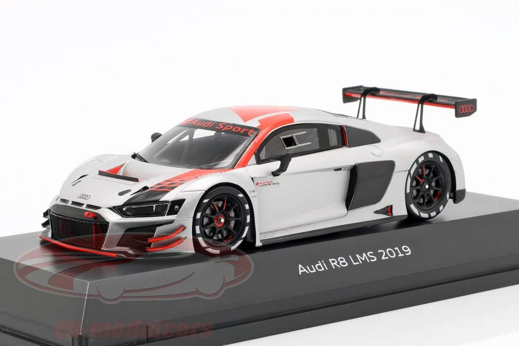 Audi R8 LMS 2019 Præsentation bil sølv / sort / rød 1:43 Spark