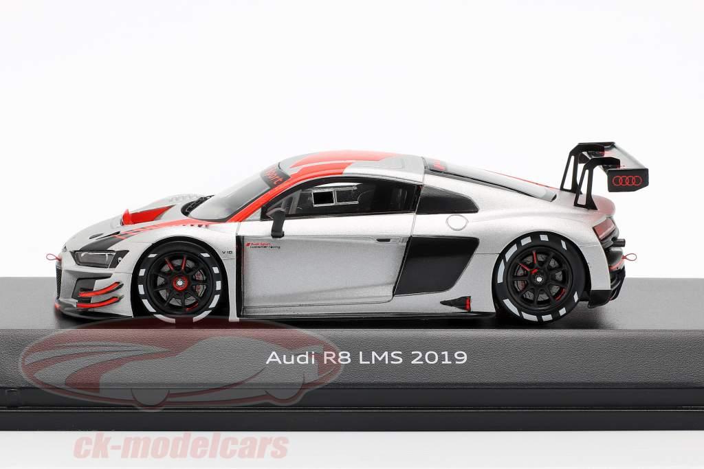 Audi R8 LMS 2019 Presentation Car silver / black / red 1:43 Spark