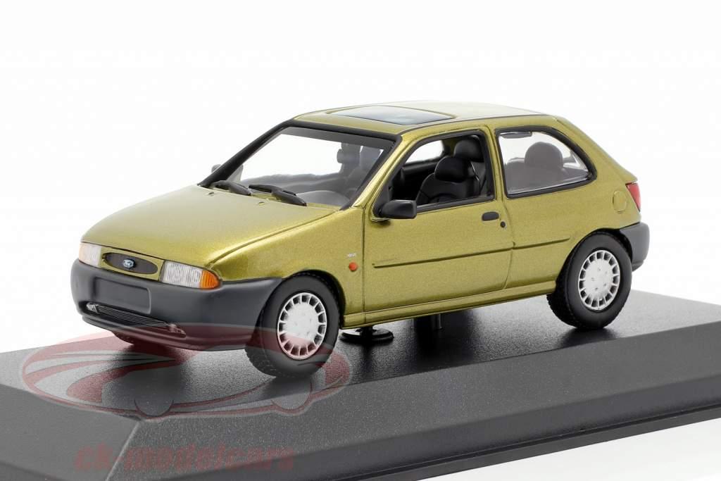 Ford Fiesta Bouwjaar 1995 goud metalen 1:43 Minichamps
