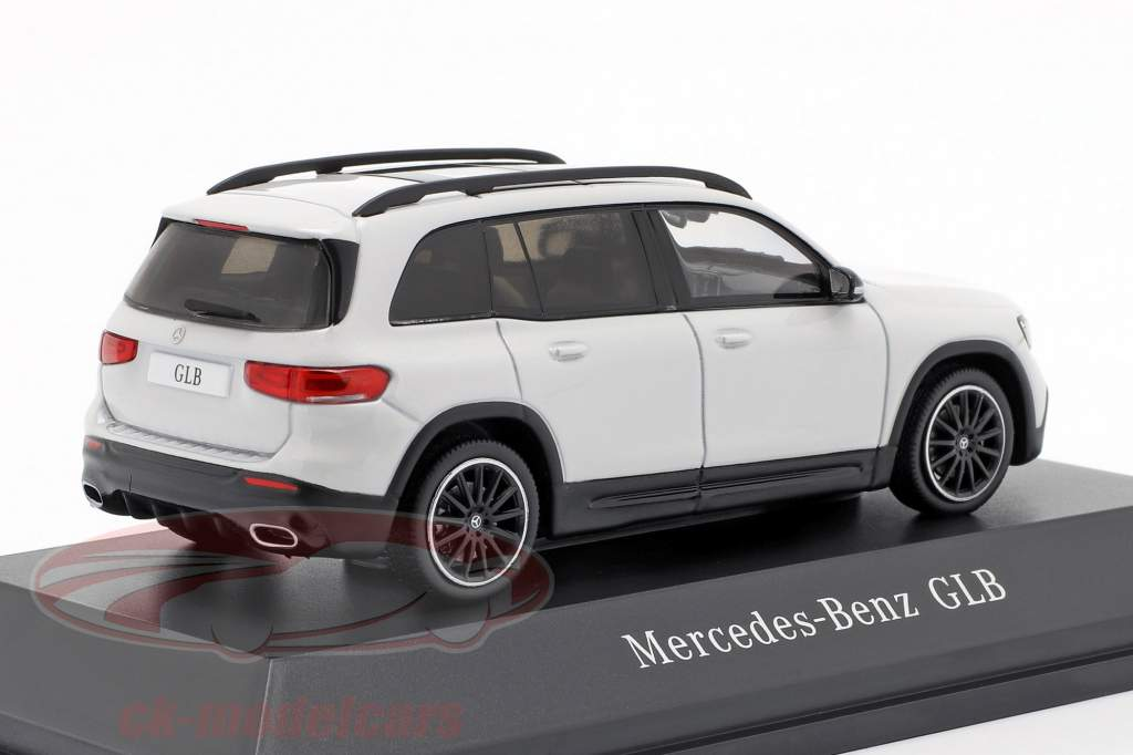 Mercedes-Benz GLB (X247) year 2019 digital white 1:43 Spark