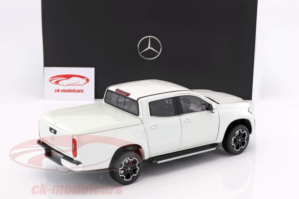Mercedes-Benz X-Class bering blanco 1:18 Norev
