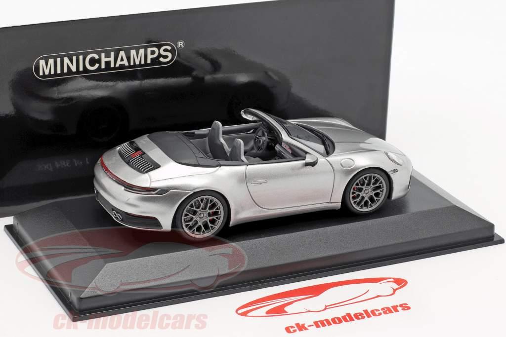 Porsche 911 (992) Carrera 4S Cabriolet Bouwjaar 2019 zilver 1:43 Minichamps