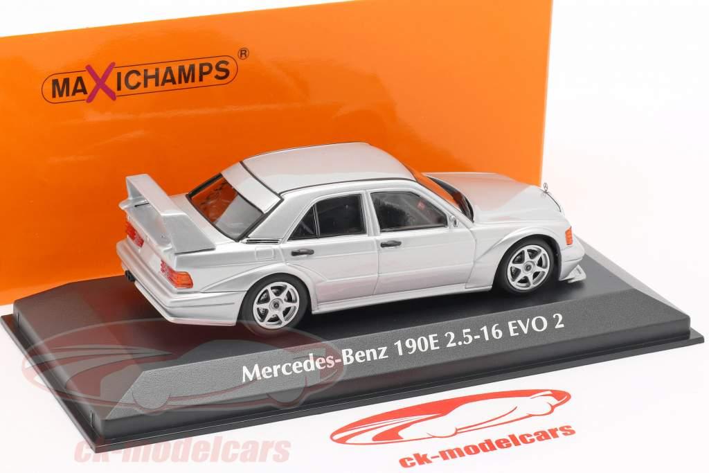 Mercedes-Benz 190E 2.5-16 EVO 2 Opførselsår 1990 sølv 1:43 Minichamps