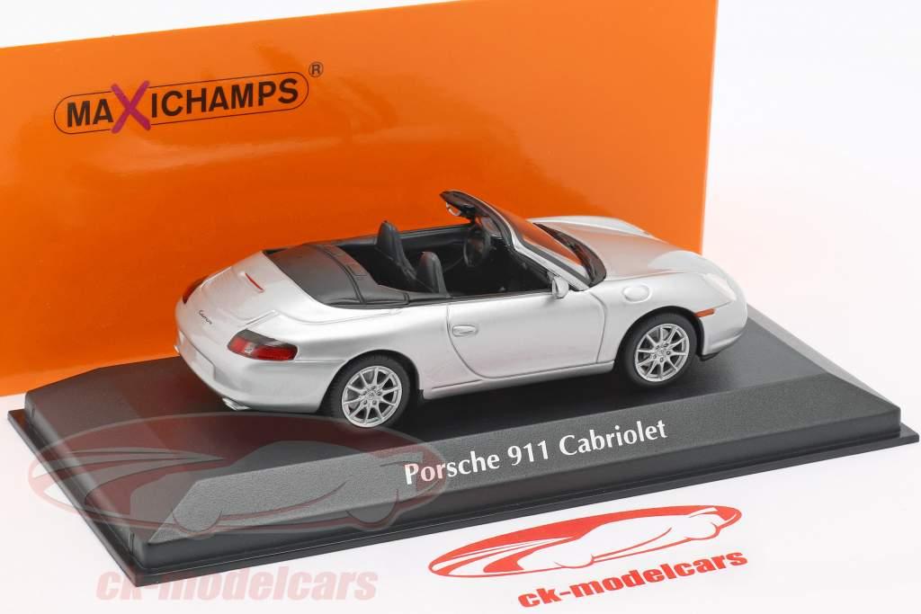 Porsche 911 (996) Cabriolet Baujahr 2001 silber 1:43 Minichamps