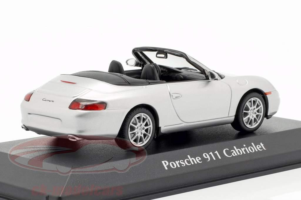 Porsche 911 (996) Cabriolet Bouwjaar 2001 zilver 1:43 Minichamps