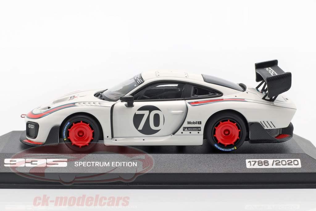 Porsche 935 #70 Spectrum Edition (sur la base sur 911 (991.2) GT2 RS) 1:43 Minichamps