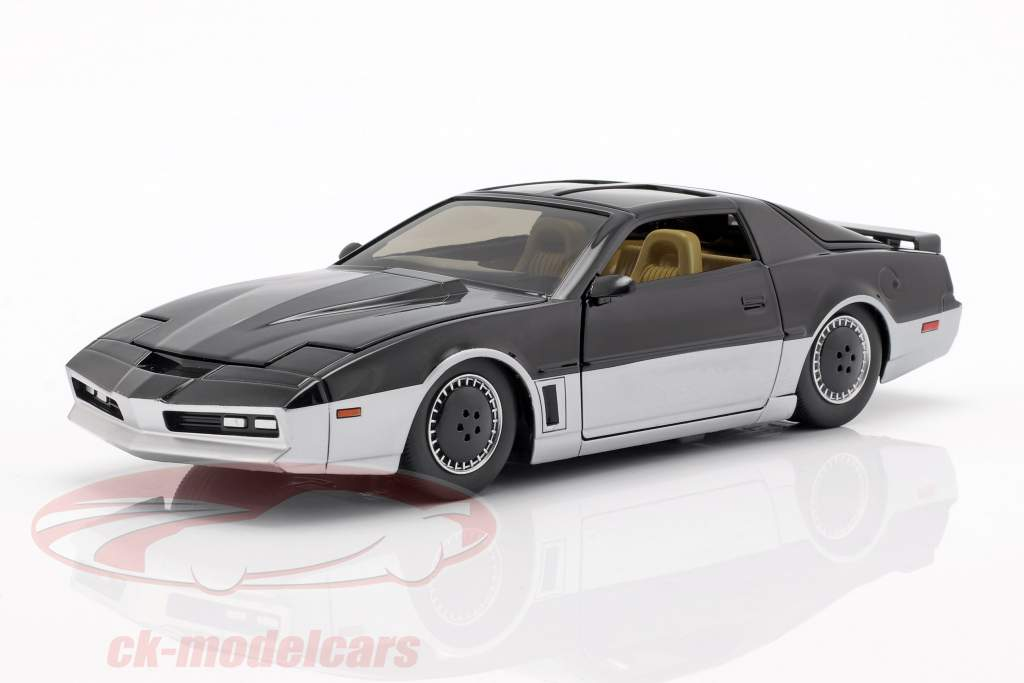 Pontiac Firebird K.A.R.R. TV series Knight Rider (1982-1986) 1:24 Jada Toys
