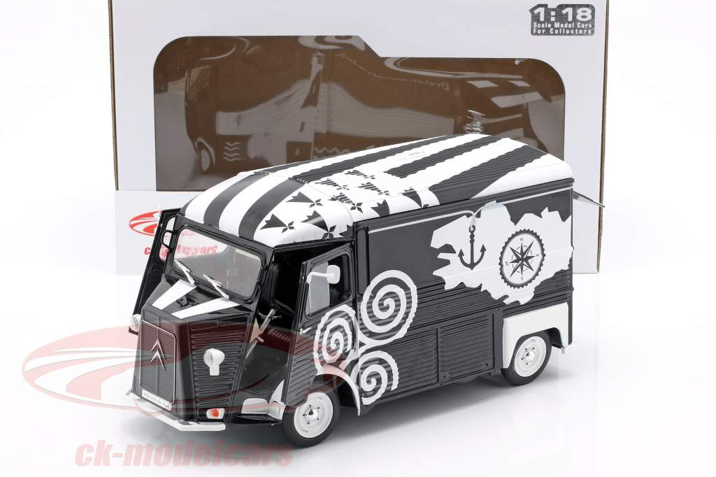 Citroen Type HY BREIZH year 1969 black / white 1:18 Solido