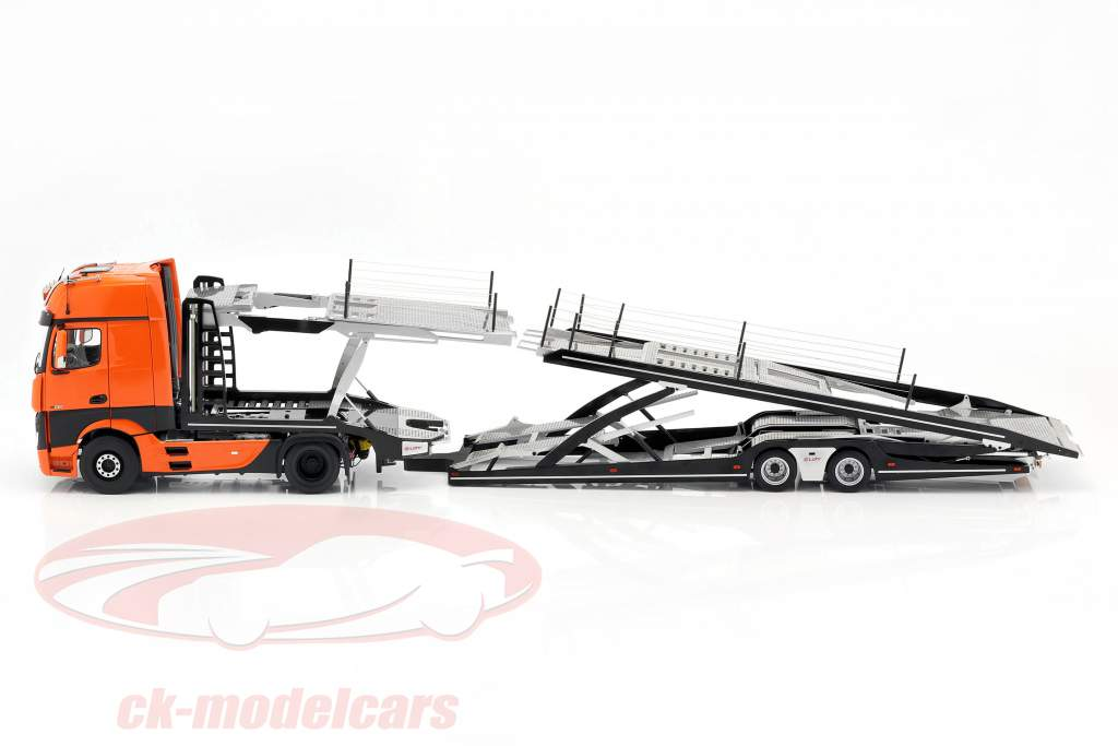 Set Mercedes-Benz Actros con Lohr bisarca arancione / argento 1:18 NZG